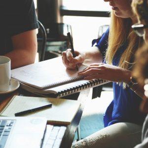 startup_meeting_brainstorming_business_teamwork_team_people_office-764428